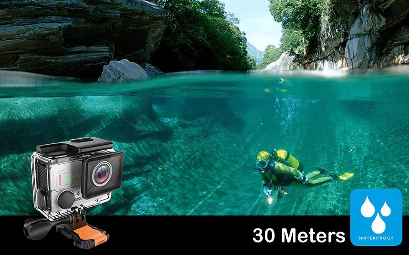 Vẫn là khả năng chống nước tốt (30m)